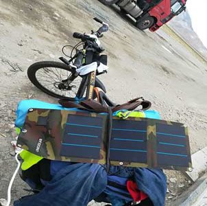 13W 2A 5V Waterproof Portable Solar Charger