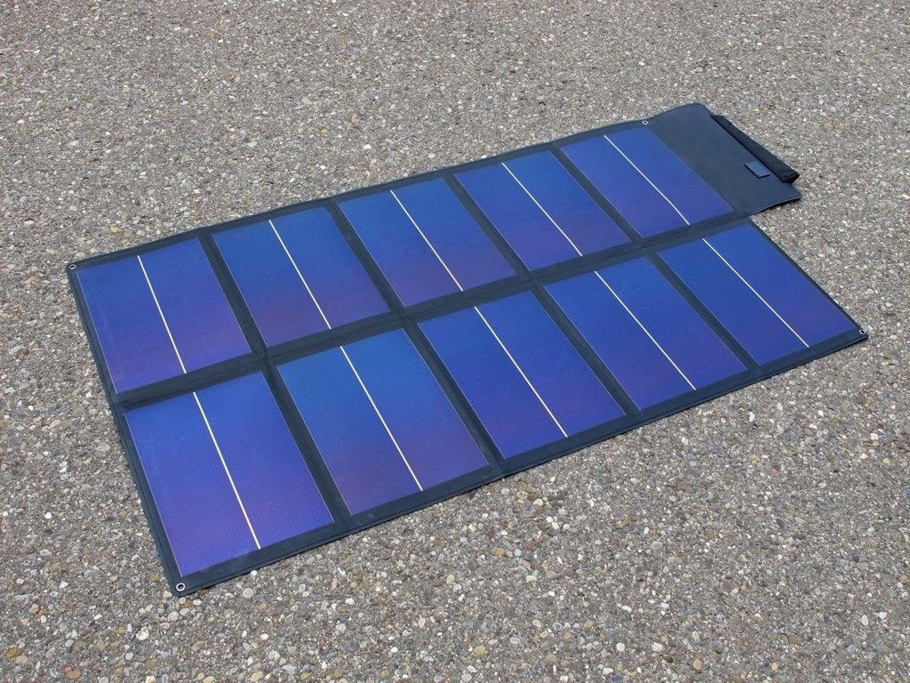 Portable solar panel link solar